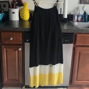 Miss Me Couture pleated colorblock maxi dress
